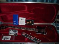 Gibson SG Standard High Performance Heritage Cherry + Case & Candy