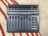 Beringer BCF2000 Audio/MIDI controller
