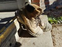 Slightly used site work boots steel toe size9