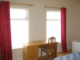 3 Rooms £55pw in Great House L8 0RT off LodgeLane 2 Shower rooms Warm Clean Quiet Call 07989 552614