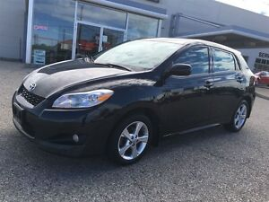 2013 Toyota Matrix Base (A4) Kitchener / Waterloo Kitchener Area image 2