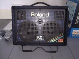 ROLAND KC-110 STEREO KEYBOARD / INSTRUMENT AMPLIFIER AS NEW BOXED HOME USE ONLY