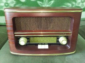 For sale vintage looking completely working not very big radio with AM/FM.Bought in Italy.