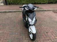 Sym jet 4 125cc moped scooter vespa honda piaggio yamaha gilera peugeot
