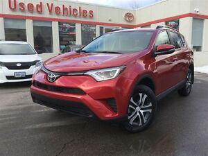 2016 Toyota RAV4 FWD LE- ONLY 4,000KMS / OFF LE