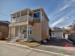153 000$ - Maison à paliers multiples à vendre à La Baie