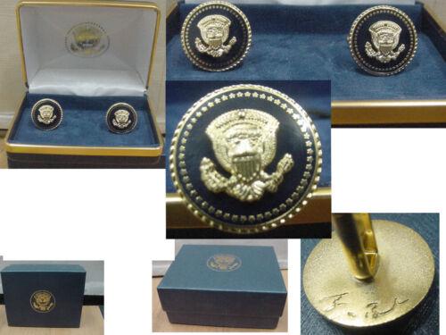 Pair of presidential George W Bush cufflinks