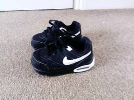 Infants size 6.5 nike airs