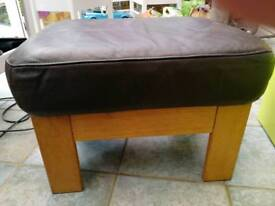 Solid wood with leather top pouffe for upholstering