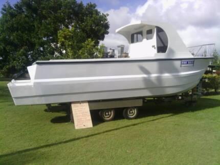 7 metre[ 23 ft] SHARK CAT , in 3C Survey Brunswick Heads Byron Area Preview
