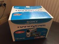 Sony HandyCam DCR-HC40E