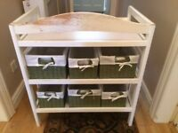Pretty shabby chic changing table
