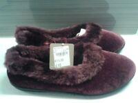 Unused Women's slippers size 6