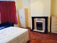 DOUBLE ROOMS TO LET AT PAGE STREET NW7