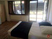 BEAUTIFUL DOUBLE ROOM TO RENT WITH PRIVATE GARDEN CLOSE TO CALEDONIAN//96D