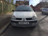 Diesel Renault Clio for sale, 1 former owner, MOT, sunroof, drives good.