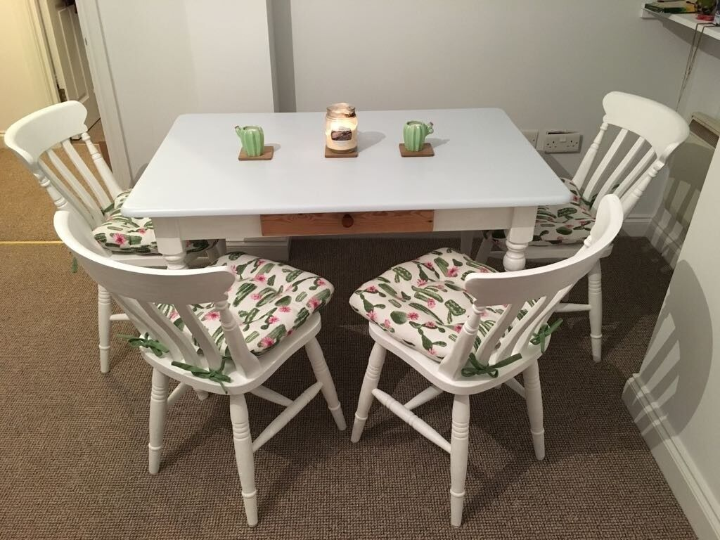 Shabby Chic Lovely Farmhouse Dining Table Chair Set With Cushions