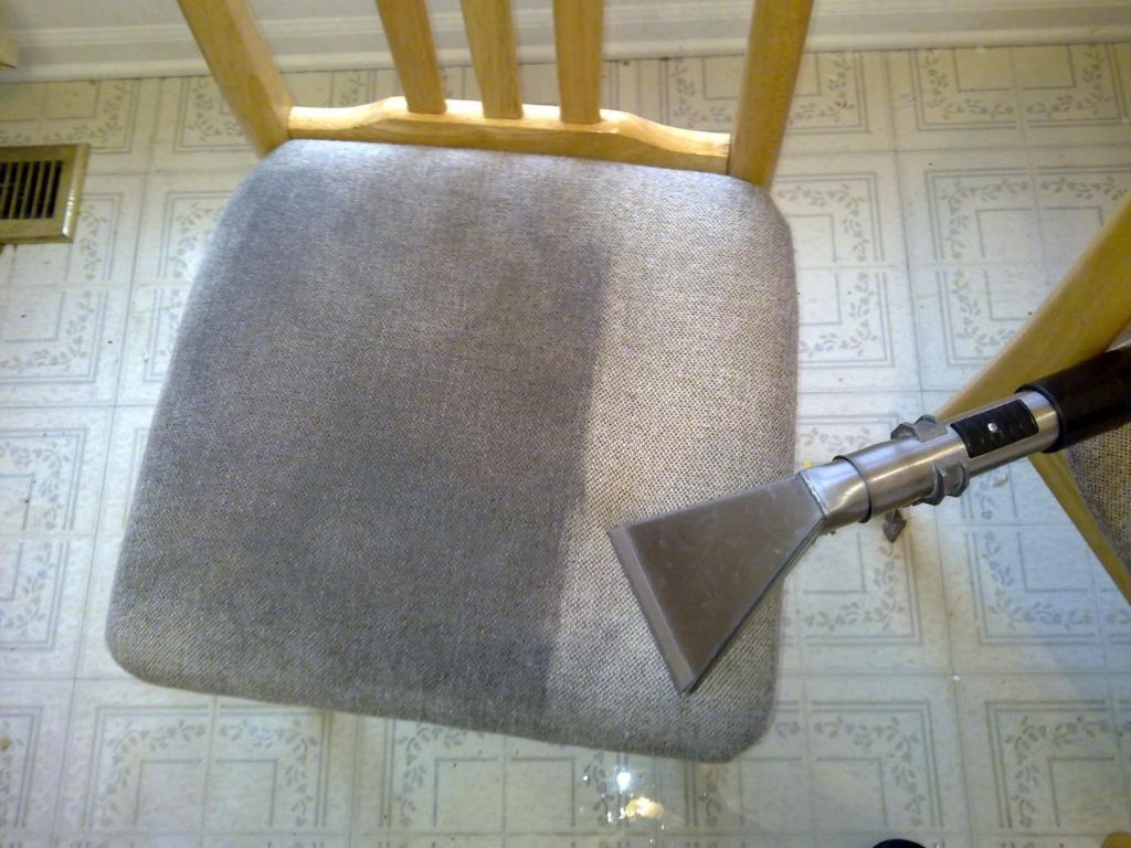 Carpet's and sofa's cleaning
