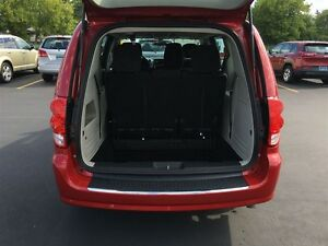 2014 Dodge Grand Caravan SE - WE FINANCE GOOD AND BAD CREDIT Windsor Region Ontario image 13