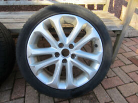 2010 Ford Focus zetec s 17 inch alloys