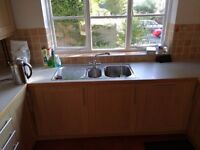 Fully fitted second hand kitchen for sale