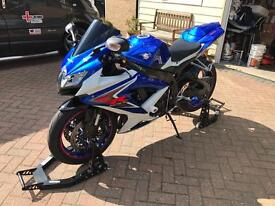 SUZUKI GSXR 750 K8 2009 very low mileage
