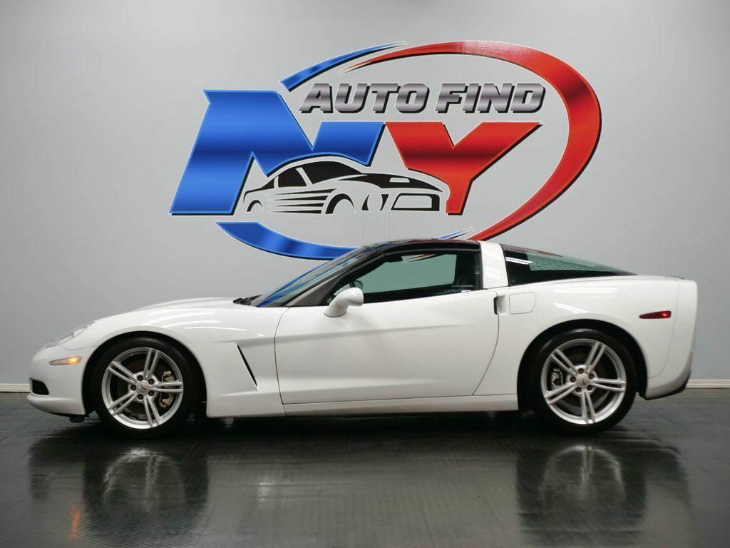 2005 White Chevrolet Corvette   | C6 Corvette Photo 3