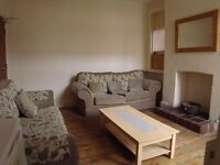 very large double room in a clean and tidy house. £390 inclusive all bills
