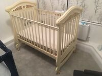 Almost completely new baby bed. Have been used just once; excellent condition.