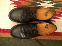black Dr Martens size UK6/ EU39 1461 pw smooth