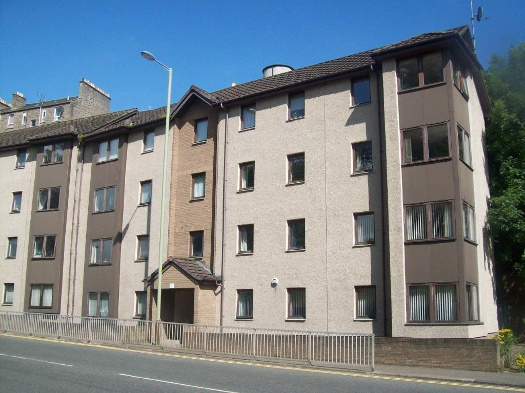 175 GR Lochee Road, 2 bed fully furnished flat, available now