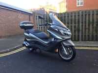 Piaggio X10 350 Executive 2014 scooter only 2300 miles from new ABS ASR