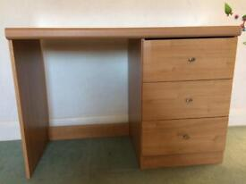 £5 Dressing table