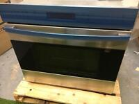 Ex display wolf single wall oven cooker gaggenau miele inc vat