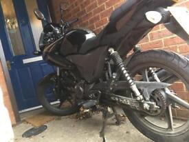 Honda cbf 125 motorbike