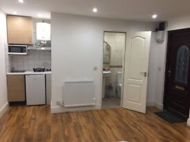 Immaculated studio apartment available near Hounslow West tube station