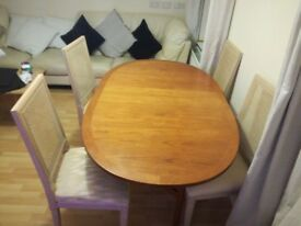 Foldable Dining Table and 4 Chairs Good Condition