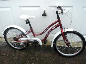 Red & White Apollo Ivory Cruiser girls bike