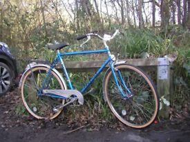 vintage gents 3 speed cycle,21.5 in frame,new tyres,super condition