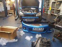 Bussines auto center repair auto garage sale