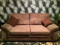 3+2 SEATER SOFA VERY GOOD CONDITION
