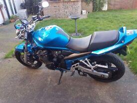 Suzuki bandit 650cc. 06 plate