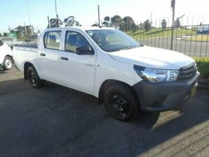 2020 Toyota Hilux TGN121R MY19 Upgrade Workmate White 6 Speed Automatic Double Cab Pick Up Sandgate Newcastle Area Preview