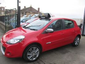 RENAULT CLIO 1.2 16v Dynamique 5dr (Tom Tom) (red) 2012