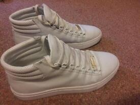 Glorious Paris High-tops size 9