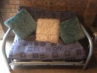 Metal bed settee