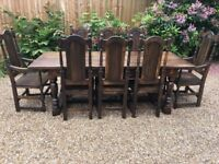 Beautiful hand-crafted Kent Oak Dining Table & Chairs