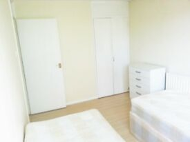 TWIN room in OVAL available ASAP