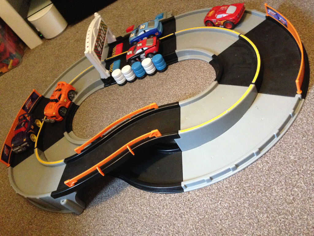 Fisher Price Shake And Go Race Track With Extra Cars