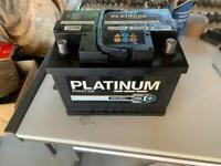 Car battery 075 like new